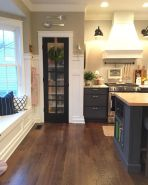 Wood and glass kitchen cabinets 08