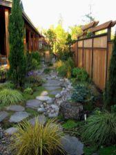 Adorable small patio garden design ideas 04