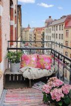 Adorable small patio garden design ideas 16