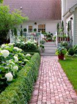 Adorable small patio garden design ideas 18