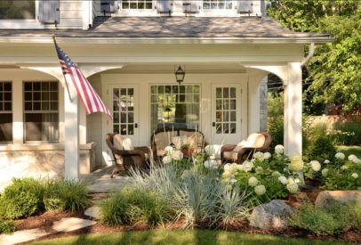 Adorable small patio garden design ideas 20