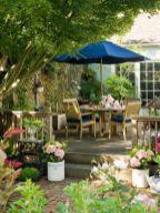 Adorable small patio garden design ideas 23