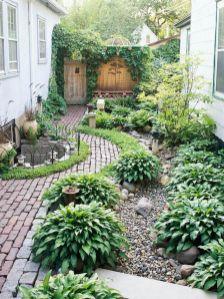Adorable small patio garden design ideas 34