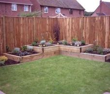 Affordable backyard vegetable garden designs ideas 14