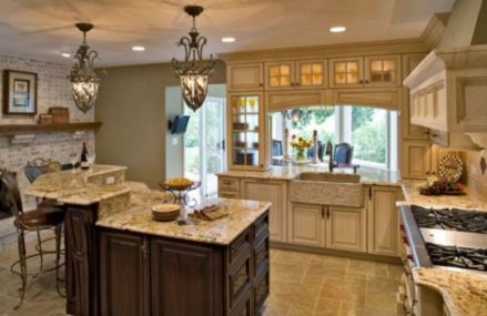 Amazing cream and dark wood kitchens ideas 05