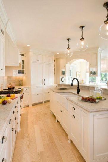 Amazing cream and dark wood kitchens ideas 24