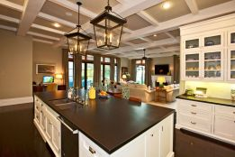 Amazing cream and dark wood kitchens ideas 30