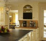 Amazing cream and dark wood kitchens ideas 42