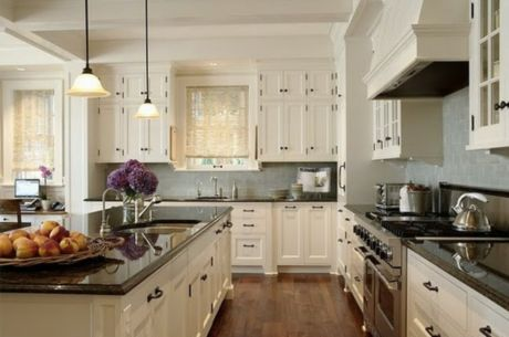 Amazing cream and dark wood kitchens ideas 54