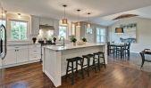 Amazing cream and dark wood kitchens ideas 58