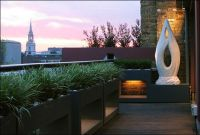 Amazing small balcony garden design ideas 36