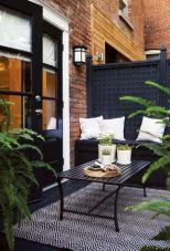 Amazing small balcony garden design ideas 53