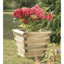 Amazing wooden garden planters ideas you should try 52