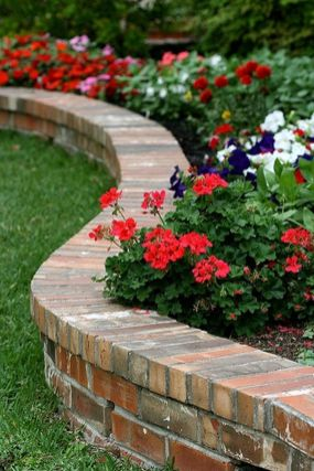 Beautiful flower garden decor ideas everybody will love 07