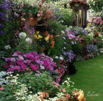 Beautiful flower garden decor ideas everybody will love 13