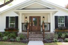 Creative front porch garden design ideas 28