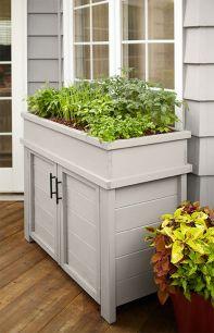 Creative front porch garden design ideas 43