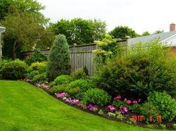 Creative garden design ideas for slopes 10