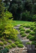 Creative garden design ideas for slopes 17