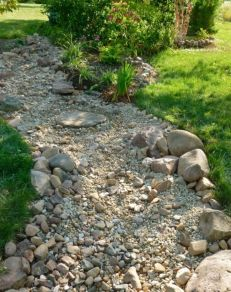Creative garden design ideas for slopes 50
