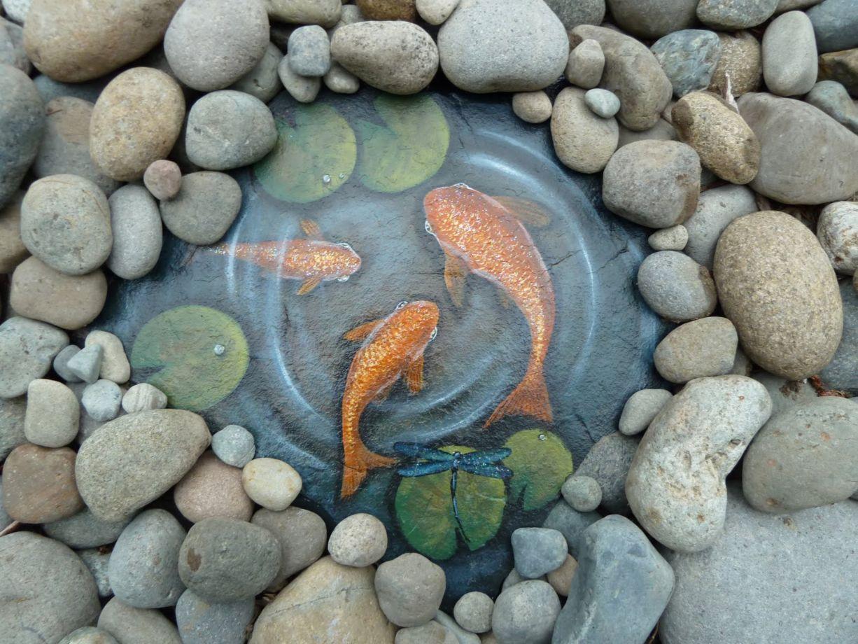 Cute and cool garden art for kids design ideas 03