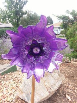 Cute and cool garden art for kids design ideas 36
