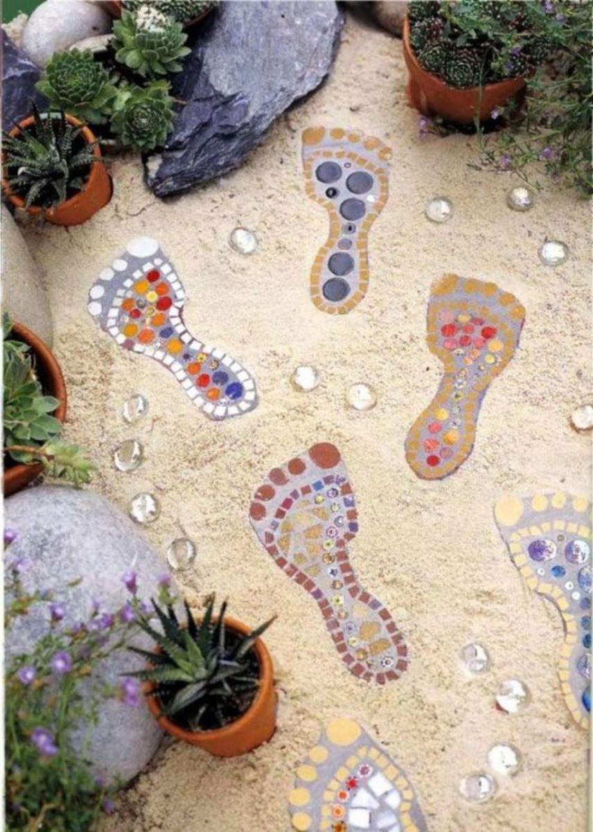 Cute and cool garden art for kids design ideas 50
