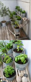 Cute and simple tiny patio garden ideas 10