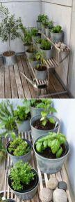 Cute and simple tiny patio garden ideas 10