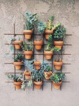 Cute and simple tiny patio garden ideas 17
