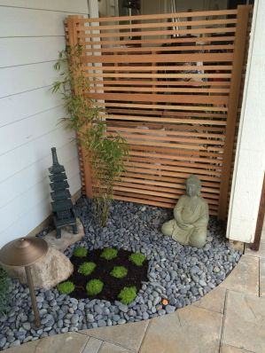Cute and simple tiny patio garden ideas 62