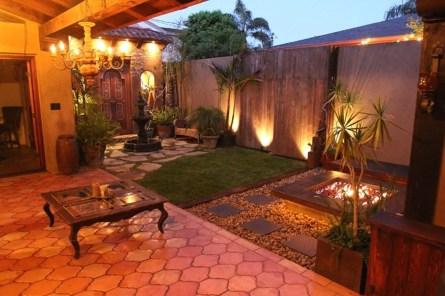 Cute and simple tiny patio garden ideas 80