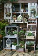 Cute and simple tiny patio garden ideas 82