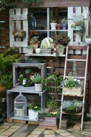 Cute and simple tiny patio garden ideas 82