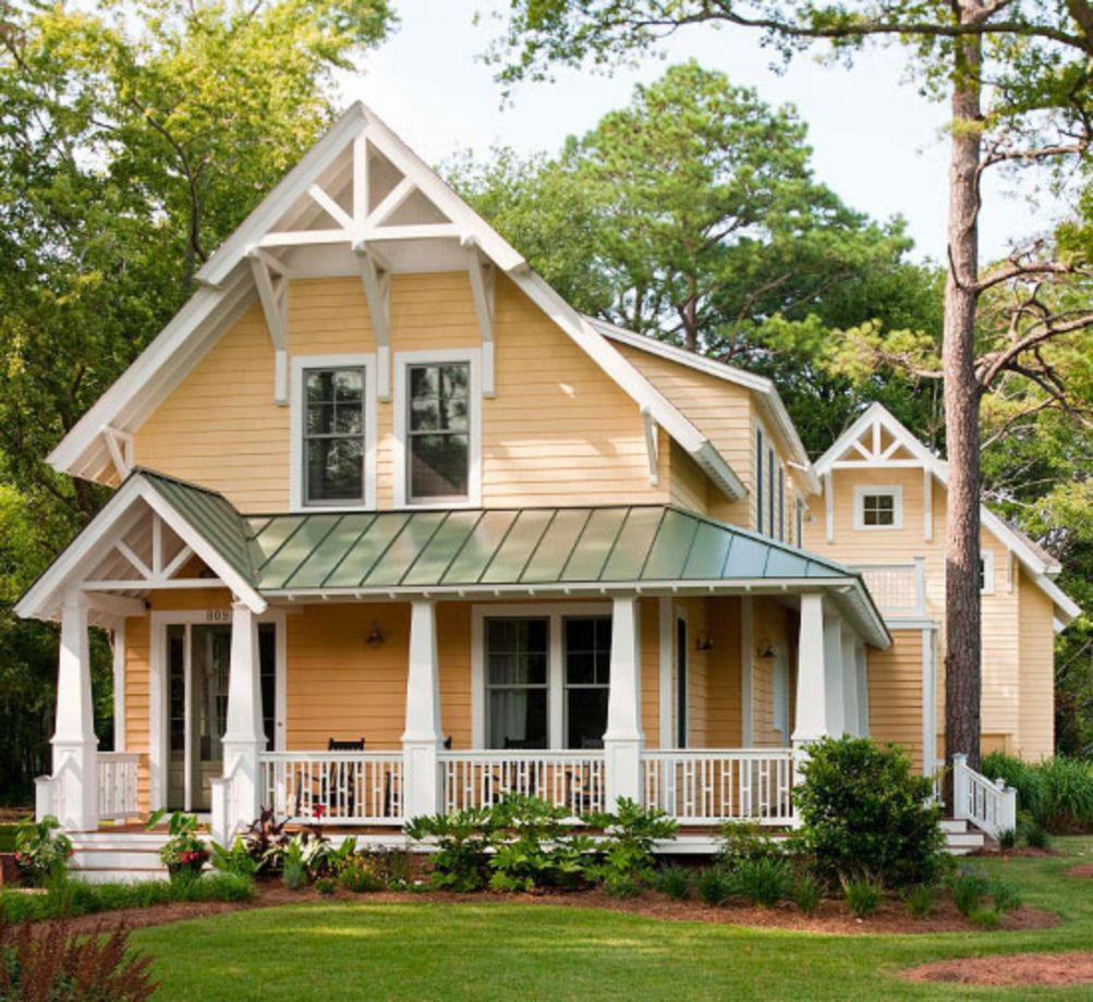 Exterior house colors with brown roof 35