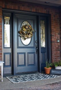 Exterior paint color ideas with red brick 29