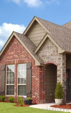 Exterior paint color ideas with red brick 33
