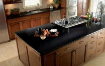 Inspiring black quartz kitchen countertops ideas 06
