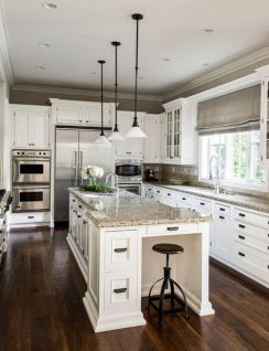 Inspiring black quartz kitchen countertops ideas 25