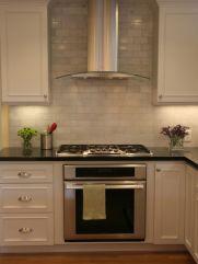 Inspiring black quartz kitchen countertops ideas 44
