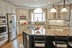 Modern cream painted kitchen cabinets ideas 32