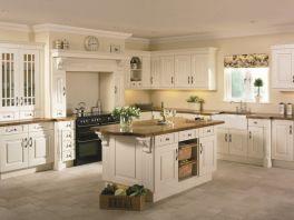 Modern cream painted kitchen cabinets ideas 38