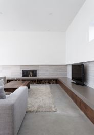 Simple living room design ideas with tv 05