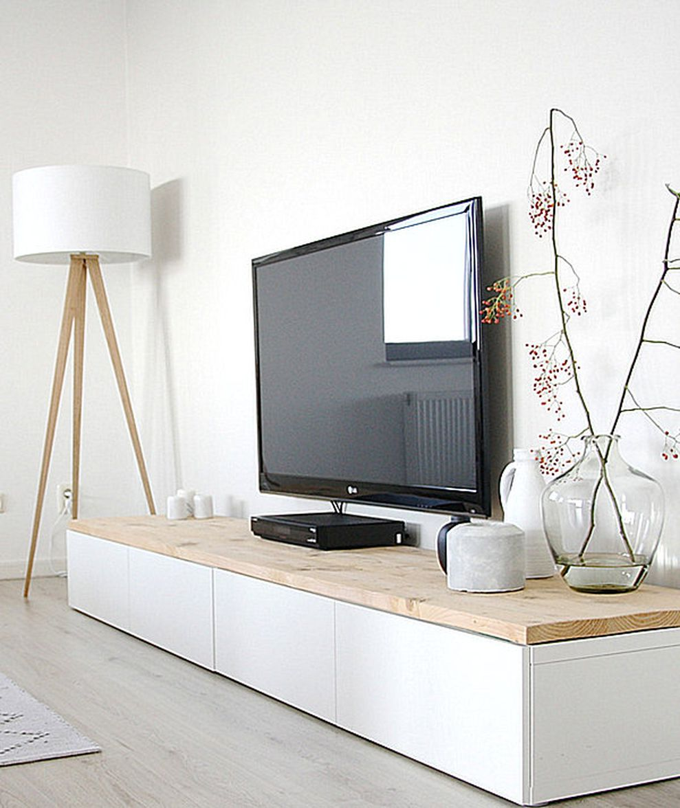 Simple living room design ideas with tv 36 - Round Decor