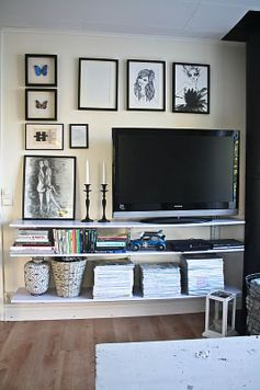 Simple living room design ideas with tv 41