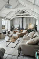 Simple and comfortable living room ideas 16