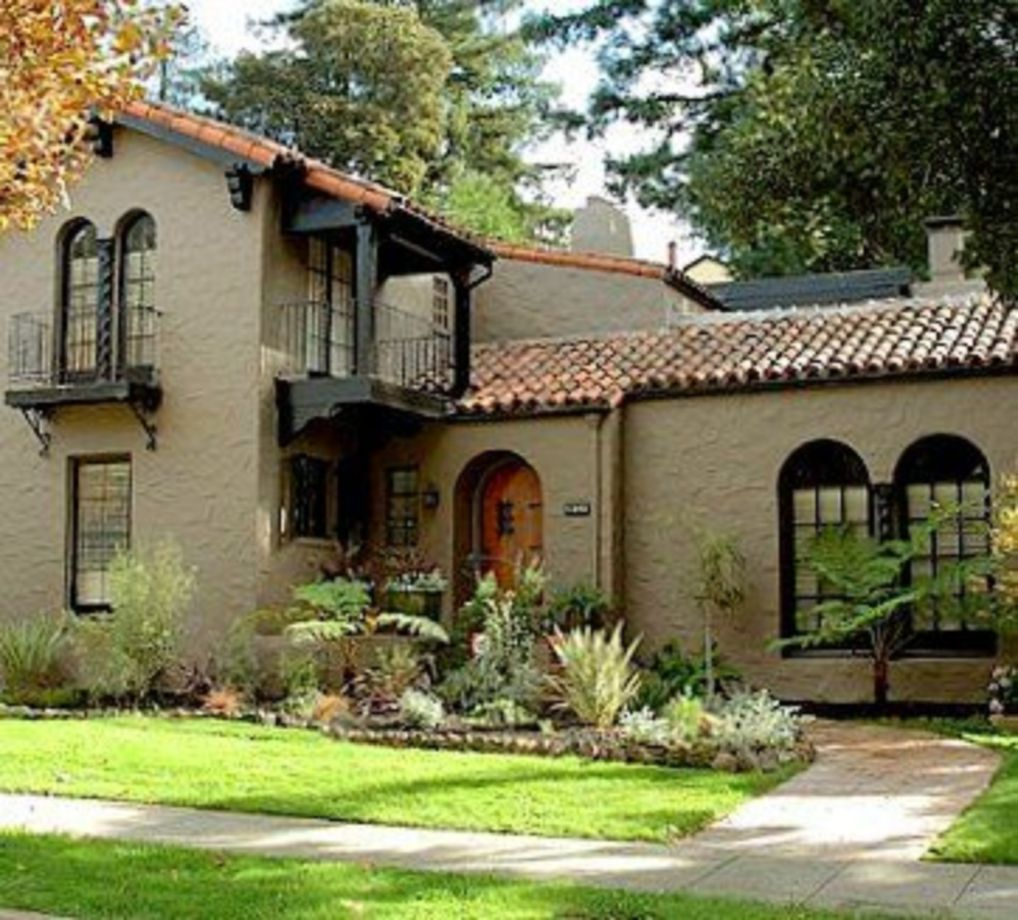 40 Spanish Style Exterior Paint Colors You Will Love