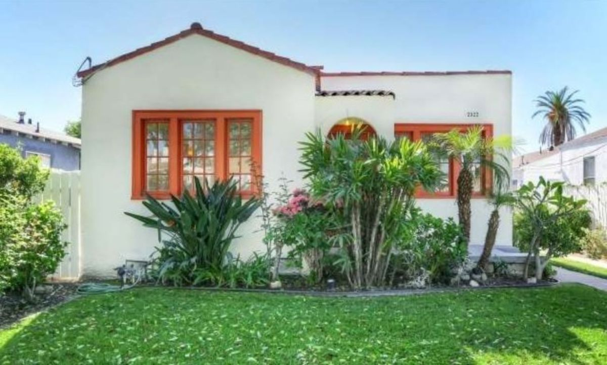Spanish style exterior paint colors 39