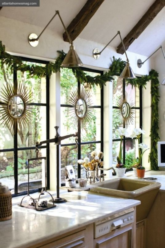 Stunning christmas decorating ideas for the kitchen 45