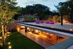 Stunning garden pergola ideas with roof 37
